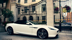 Aston Martin Virage Volante (Niels de Jong) Tags: new white house london photoshop cross martin edited crossprocess sigma process processed 18200 aston volante grosvenor facelift virage 2011 cs5 nielsdejong canoneos1000d ndjmedia