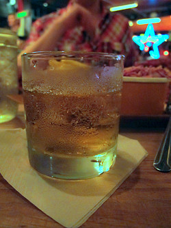 jack daniel's on the rocks