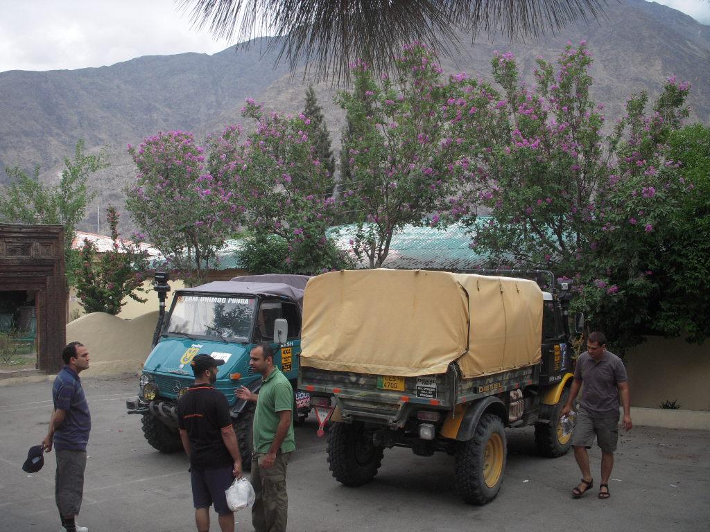 Team Unimog Punga 2011: Solitude at Altitude - 6017667988 b4651937d4 b