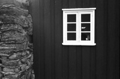 2011-07-13 [20] Saurbr (Reinoud Kaasschieter) Tags: white black monochrome iceland xp2 zwart wit weiss ilford schwarz sland ijsland