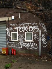 10Foot / Tox / Dets / Cosa / Fume (Alex Ellison) Tags: urban graffiti camden tag kingscross cosa fume trackside northlondon tox dets 10foot