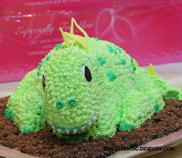 小恐龙蛋糕