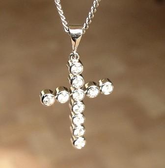 .Diamond Gold Cross