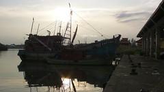 Big boat (Wijdan Hawani) Tags: sunset ship malaysia ikan kelantan kapal tokbali