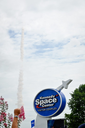 SpaceShuttleLaunch-19