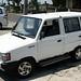 Alugamos um Kijang da Toyota. Podre de ferrugem!!
