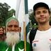 Roy e o tiozinho dando as boas vindas ao Paquistao