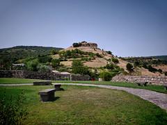 Il castello (RoLiXiA) Tags: sardegna sardinia natura roccia hdr rocca medioevo sardaigne cerdeña eleonoradarborea borgomedioevale ilcastello bonorva rebeccu mejlogu panasonicdmcfz45 brancaleonedoria
