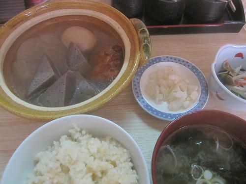 おでん定食(ランチ)@おだしや(氷川台)