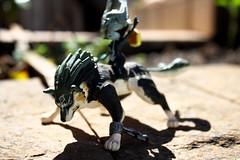 Wolf Link & Midna (FaruSantos) Tags: macro toy miniature nintendo link zelda miniatura twilightprincess midna wolflink