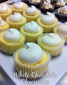 white-chocolate-cheesecake-cupcake-sm