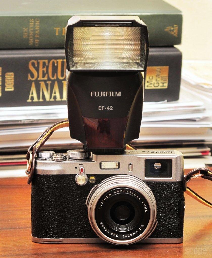 Fuji X100 and EF42 flash