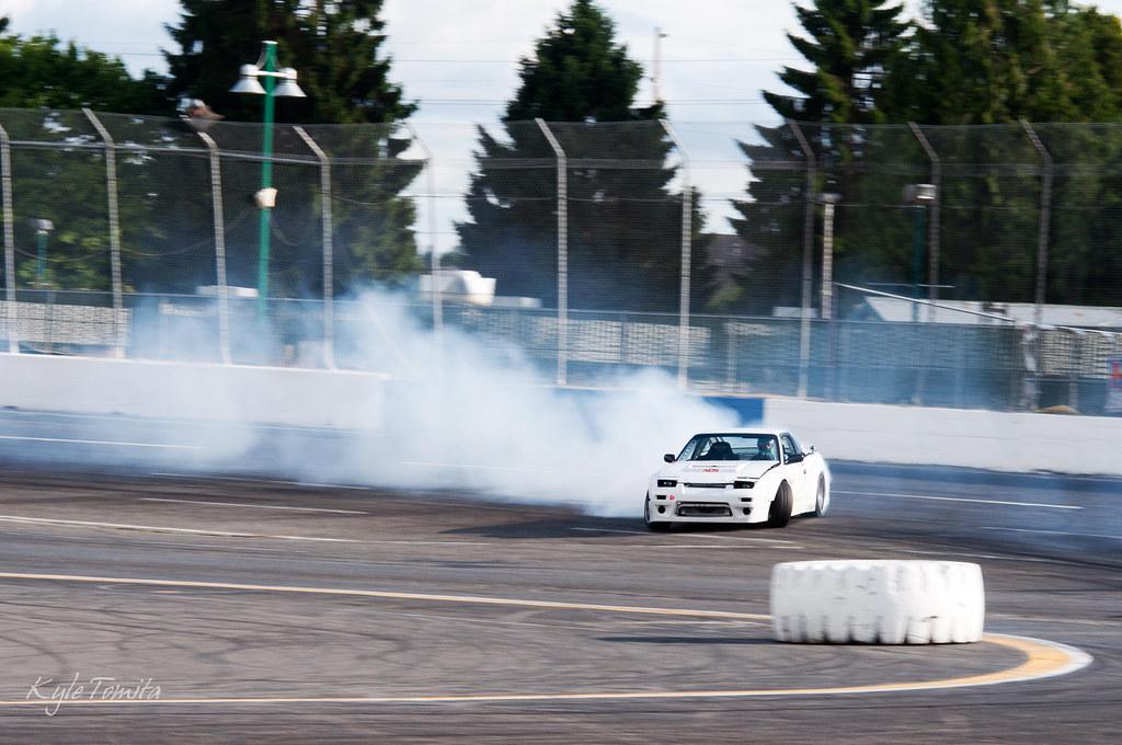 Justin Pawlak drifting AJCs PSI built LS240 002.JPG