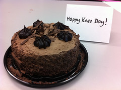 Knee day cake (kcxd) Tags: vpl