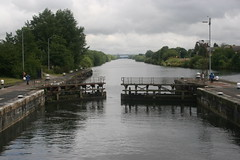 Latchford Locks (Llangollen Signalman) Tags: canal manchestershipcanal
