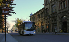 Transporte pblico en Punta Arenas. (Ruiz Subiabre) Tags: chile ciudades urbano calles magallanes sudamrica