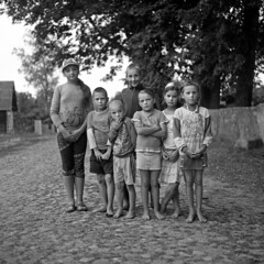 Barefoot (ted.kozak) Tags: bw 6x6 film kids mediumformat children village pavement barefoot rodinal selfdeveloped kozak bronicasqa silenai zenzanonps80mmf28 tedkozak tadaskazakeviciusportfolio