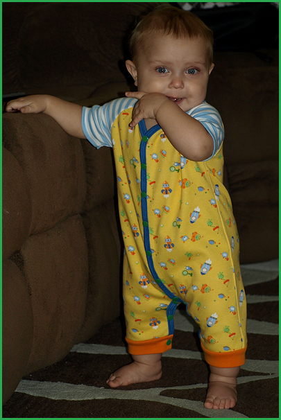 Tristan-alien romper almost 11 months-1