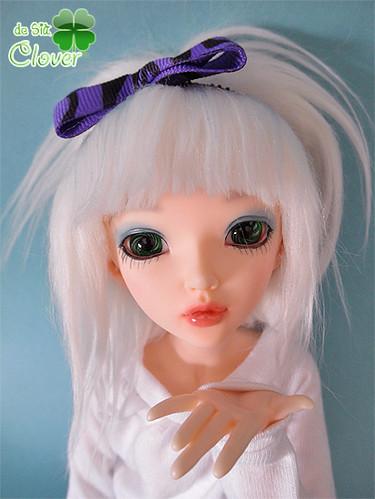 Clover maquillada