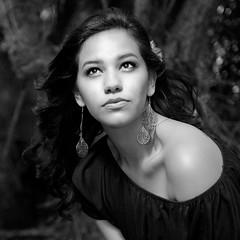 Tashia - Hart Park (Antiporda Productions) Tags: portrait blackandwhite bw woman earrings latina kpa bakersfield hartpark kerncounty beautydish sb900 nikond700