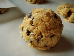 Chunky Lola Cookie: Quarter Cup Portion!