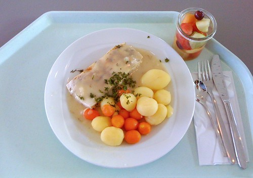 Barschfilet in Weißweinsauce / Perch filet with white wine sauce