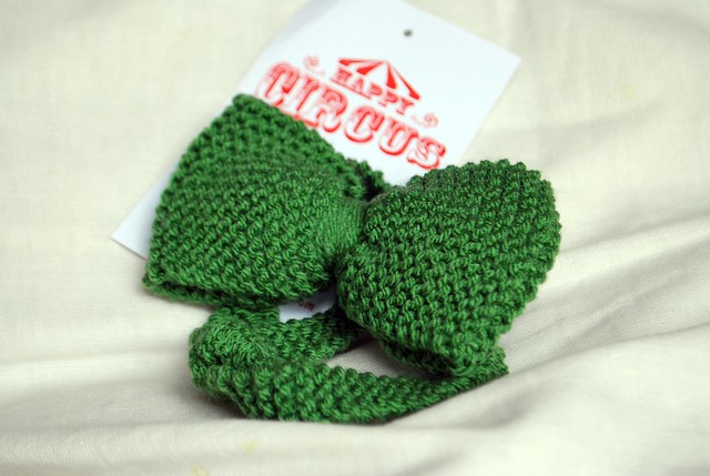 knitted bow - Happy Circus