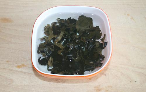 14 - Mu-Err-Pilze in Wasser einweichen