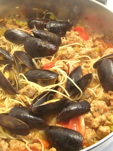 Sausage and Mussel Spaghetti
