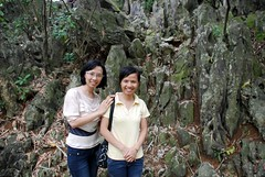Ladies on the Trail (taijibasset) Tags: chuathay