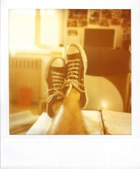 177/365 Sclero pre-esame (Gabriele Cappello) Tags: slr film oneaday analog vintage polaroid sx70 reflex analgica filter 600 converse photoaday integral instant analogue alpha expired allstar analogica pictureaday analgico analogico instantnea anloga project365 nd4 istantanea sooc anlogo flickrsicilia