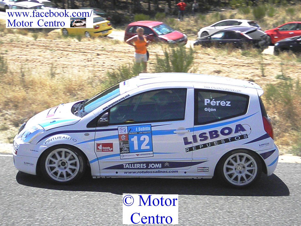 A pesar de una salida de carretera David Pérez finalizó tercero en turismos