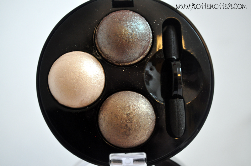 MUA professional eyeshadow trio innocence