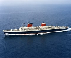 SS United States (TheFoxSays) Tags: ocean philadelphia america ship elizabeth united mary ss queen passenger states rms wreck titanic liner stacker translationantic