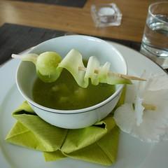 Kalte Gurkensuppe mit Melone