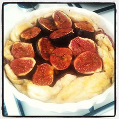 Fig and thyme tart