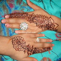 Henna Sisters