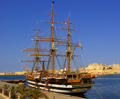 Amerigo Vespucci (albireo2006) Tags: blue sea wallpaper water mediterranean marinamilitare ship harbour background grand malta mast tallship rigging sailingship valletta grandharbour vespucci squarerigged amerigovespucci italiannavy 5photosaday v18 threemasted justpentax pentaxart gettyimagesmalta1 valletta2018