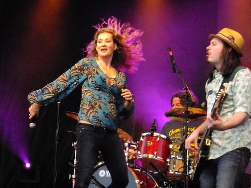 Dana Fuchs at Ottawa Bluesfest 2011
