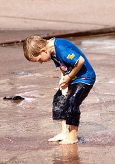 Water Fun (Rick & Bart) Tags: boy people water fountain kids play candid kinderen strangers streetphotography waterfun genk spelen smrgsbord jongen everydaypeople fontein waterpret inspiredbylove vreemden genkonstage botg rickbart thebestofday gnneniyisi rickvink