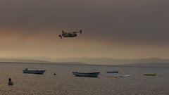 Plane about to pick up sea water (MAKSTER) Tags: croatia mirca bra