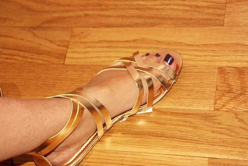 sandale au pied