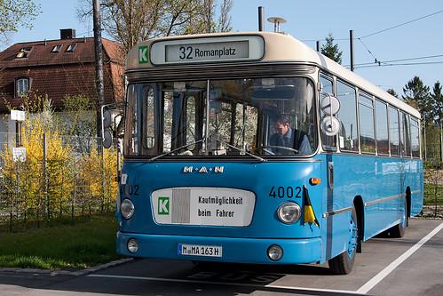 Der Shuttlebus wird nach dem morgigen Öffnungstag einen Monat lang »arbeitslos«: Das Museum bleibt im August geschlossen.
