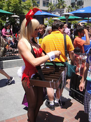 San Diego Comic-Con 2011 - Playboy bunny handing out keys (Doug Kline) Tags: bunny girl club nbc comic sandiego convention playboy comiccon sdcc 2011 tinfish