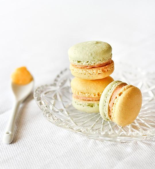 lemon_lime_bitters_macaron