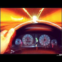 The light at the end of the tunnel....run, boy, run! (Osvaldo_Zoom) Tags: boy car tunnel run scilla calabria thelight attheend salernoreggiocalabria nikone7900 skodafelicia vegèta