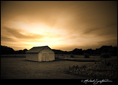06202011 Chicken Barn (StormLoverSwin93 | Into the Storm) Tags: light sunset sun monochrome weather barn rural canon landscape photography rebel illinois dusk rays xs crepuscular 1000d