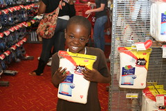 TARGET PHOTOS 080 (The Salvation Army Chicago Metropolitan Division) Tags: salvationarmy target backtoschool shoppingspree chicagoschoolstudents