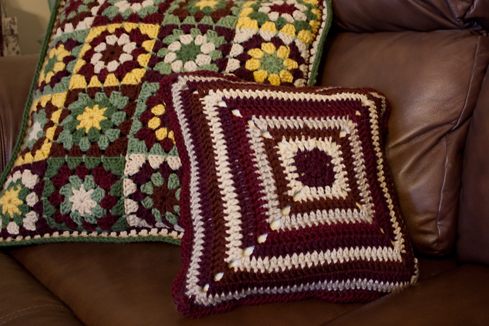 Four Flowers Pillow - Back