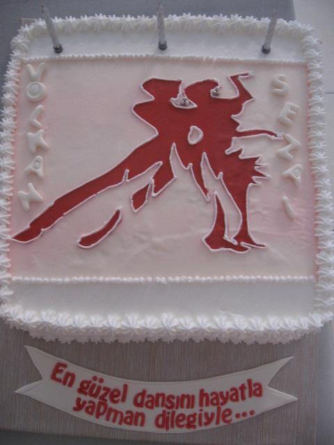 kremalı pastalar dansçı